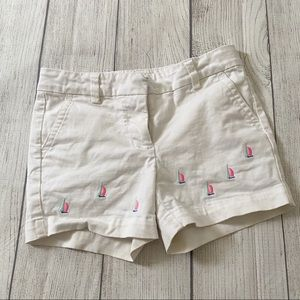 Vineyard vines white shorts